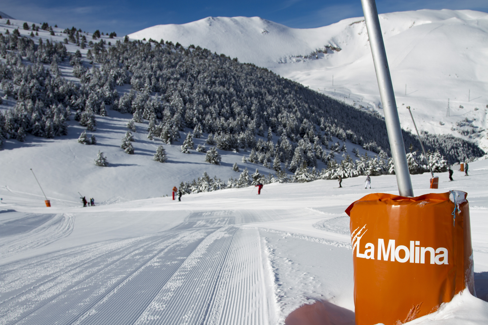 La Molina Season Ski pass - Only Sundays